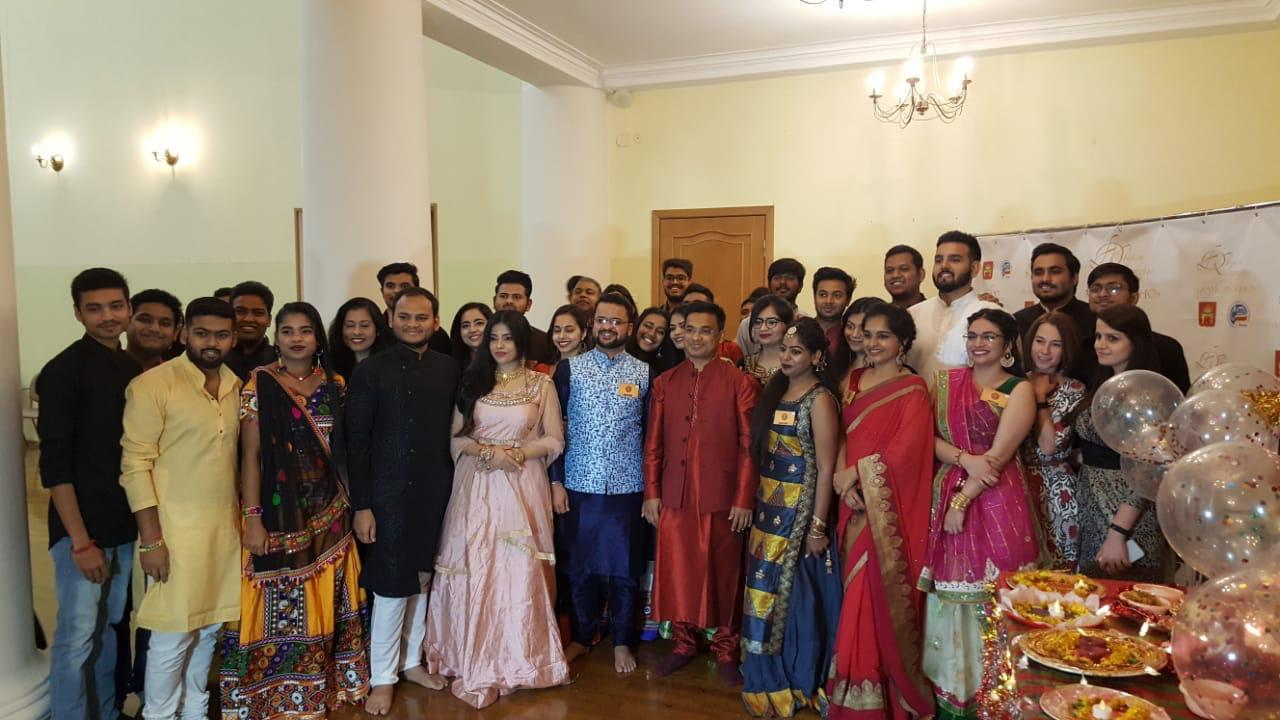 Студенты из Индии отметили в Твери Наваратри