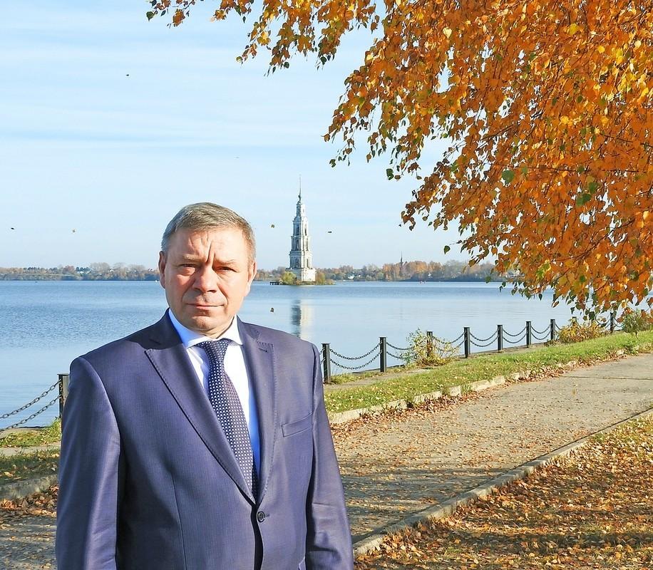 Константин Ильин: Нужно создавать достойные условия для медиков