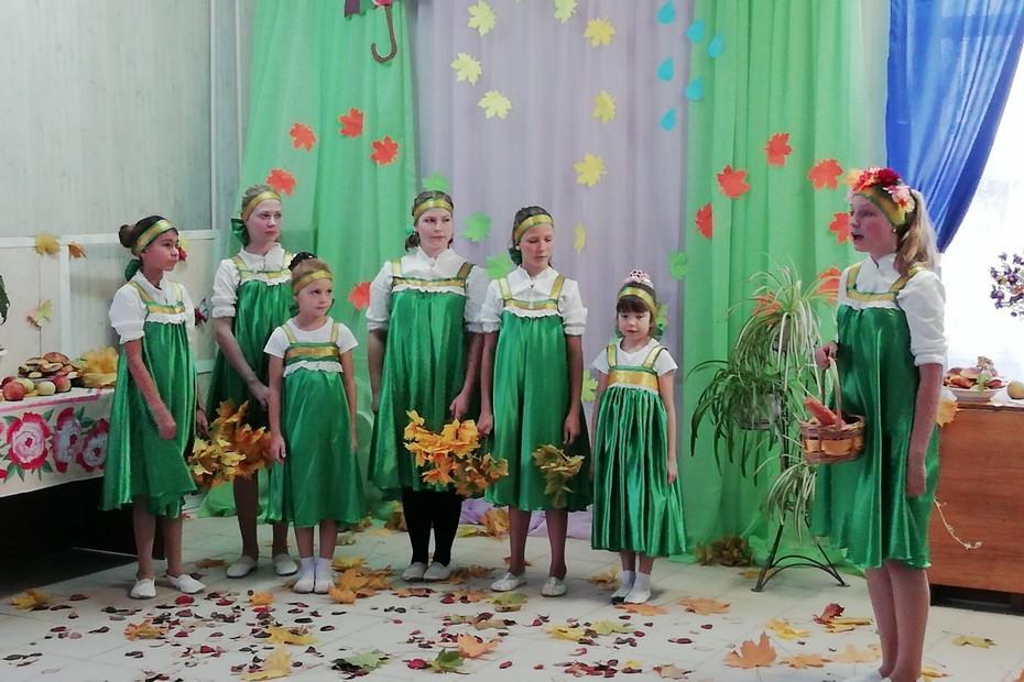 В Лихославльском районе прошёл концерт «Золотая осень»