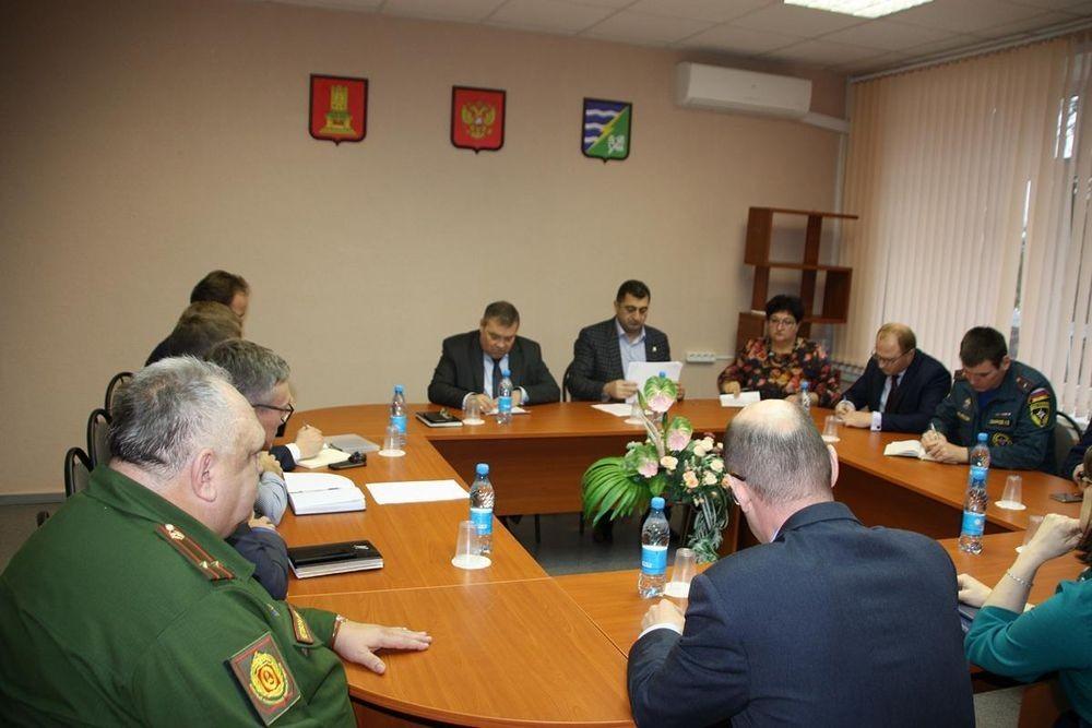 Глава Конаковского района провёл совещание, посвящённое вопросам безопасности
