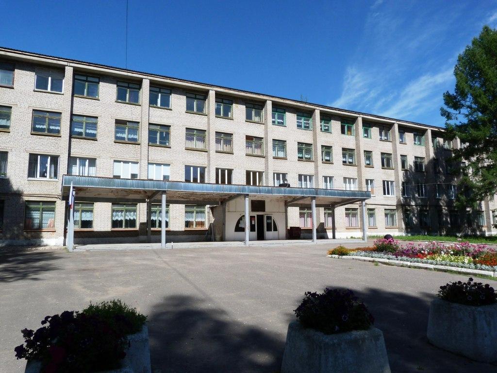 Губернатор Игорь Руденя посетил Ржевский колледж