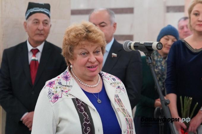 В Уфе открыли мемориальную доску Андрею Дементьеву