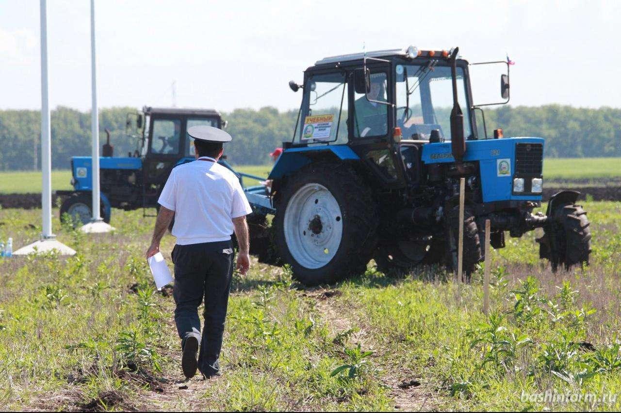 В Тверской области снизилось количество нарушений при эксплуатации самоходной техники
