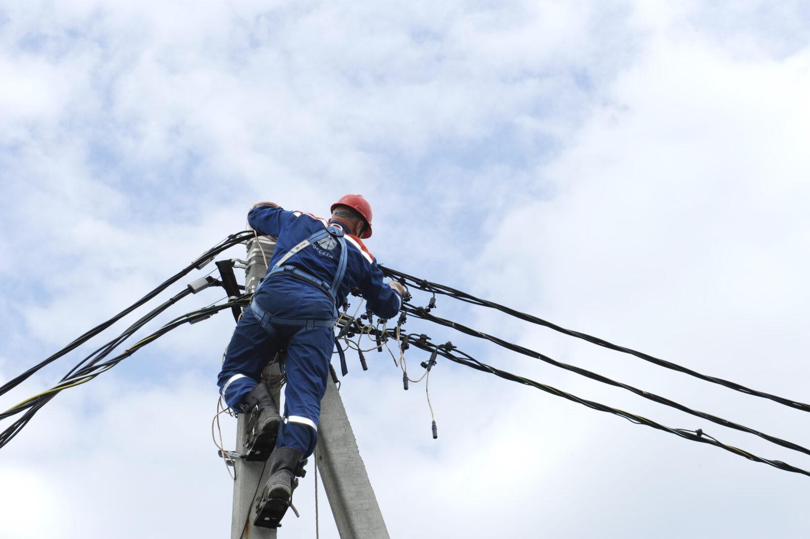 Электроснабжение в Тверской области почти восстановлено