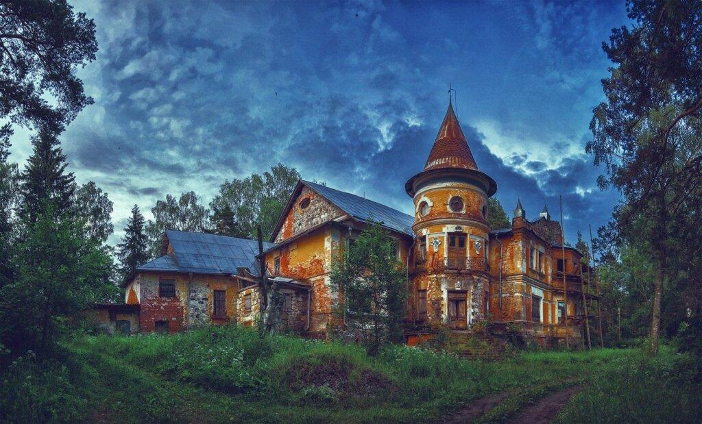 Заброшенная усадьба Тверской области вошла в Топ-10 самых интересных заброшенных усадеб в России
