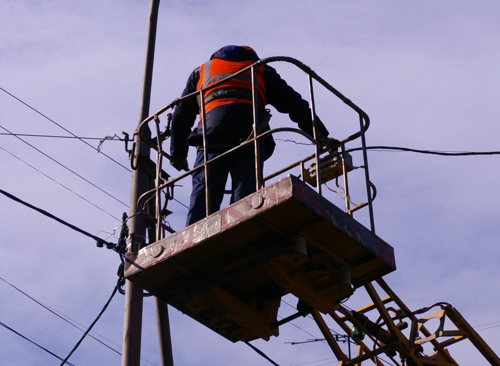 В Тверской области вернули свет почти 11 тысячам потребителей