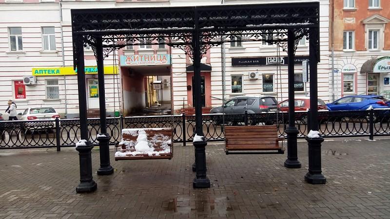 Качели на бульвар Радищева в Твери вернули после замены цепей