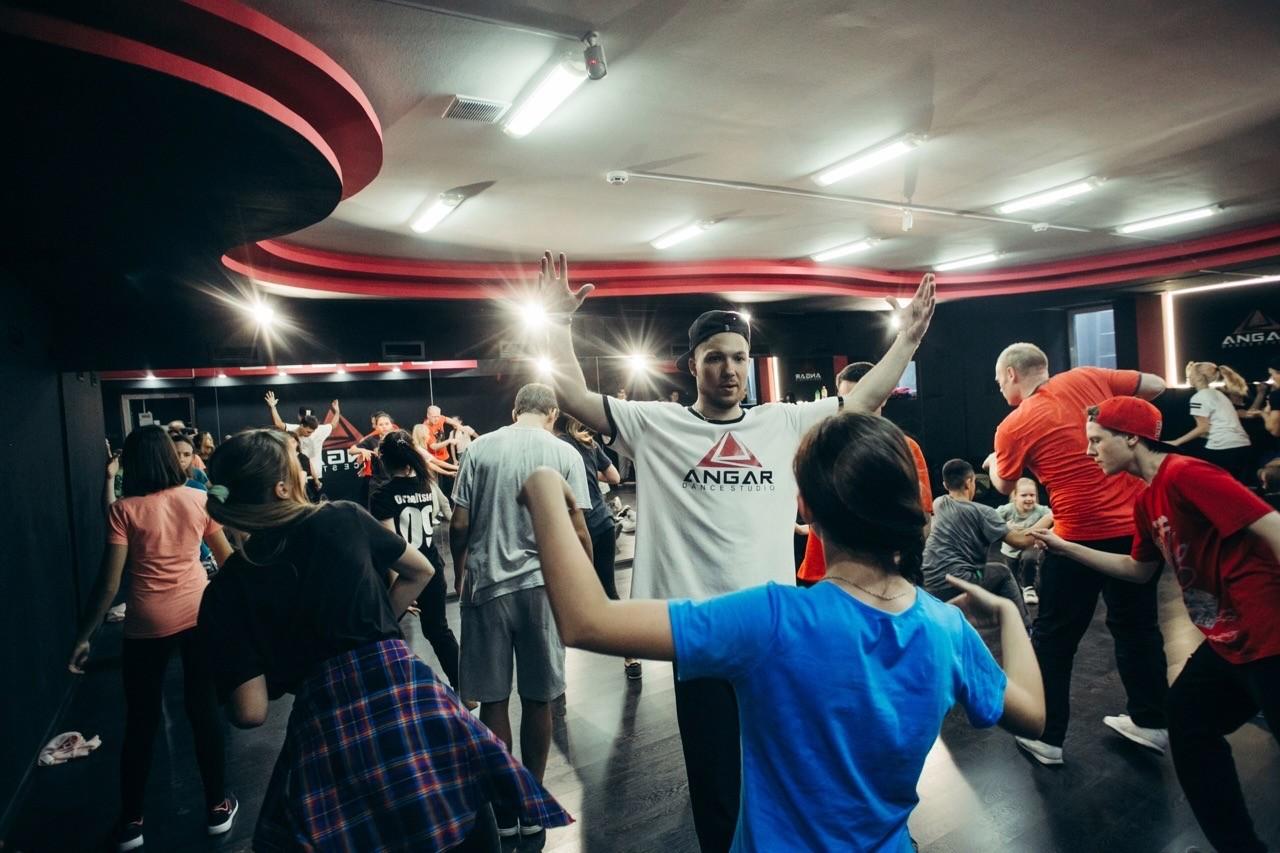 В Твери научат танцевать современные танцы бесплатно