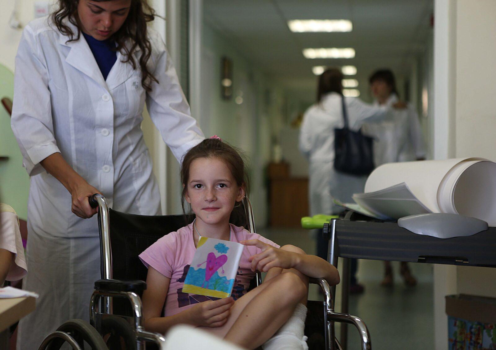 «Помощь через искусство»: Тверская Почта России совместно с Благотворительным фондом «Детский хоспис» будет помогать тяжелобольным детям