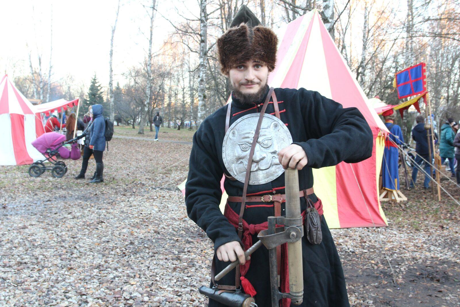 Гости Фестиваля реконструкции в Твери смогут записаться в рекруты и принять участие в сражении