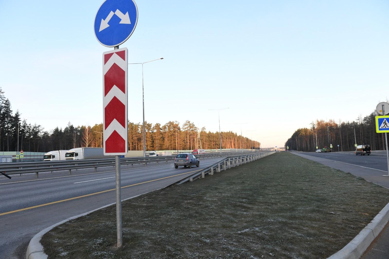 Игорь Руденя осмотрел участок дороги М-11 в Тверской области перед открытием