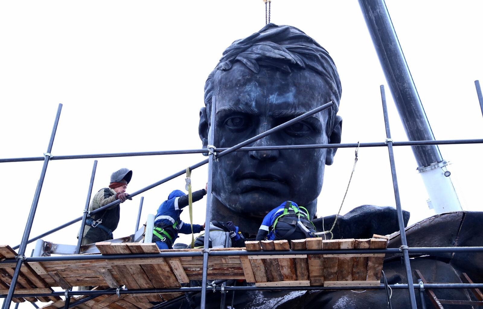 В Тверской области завершается сборка торса солдата для Ржевского мемориала