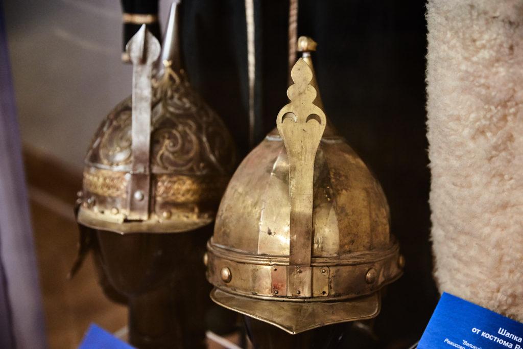 Костюмы из легендарных спектаклей прошлого  представили  в Твери  ФОТО