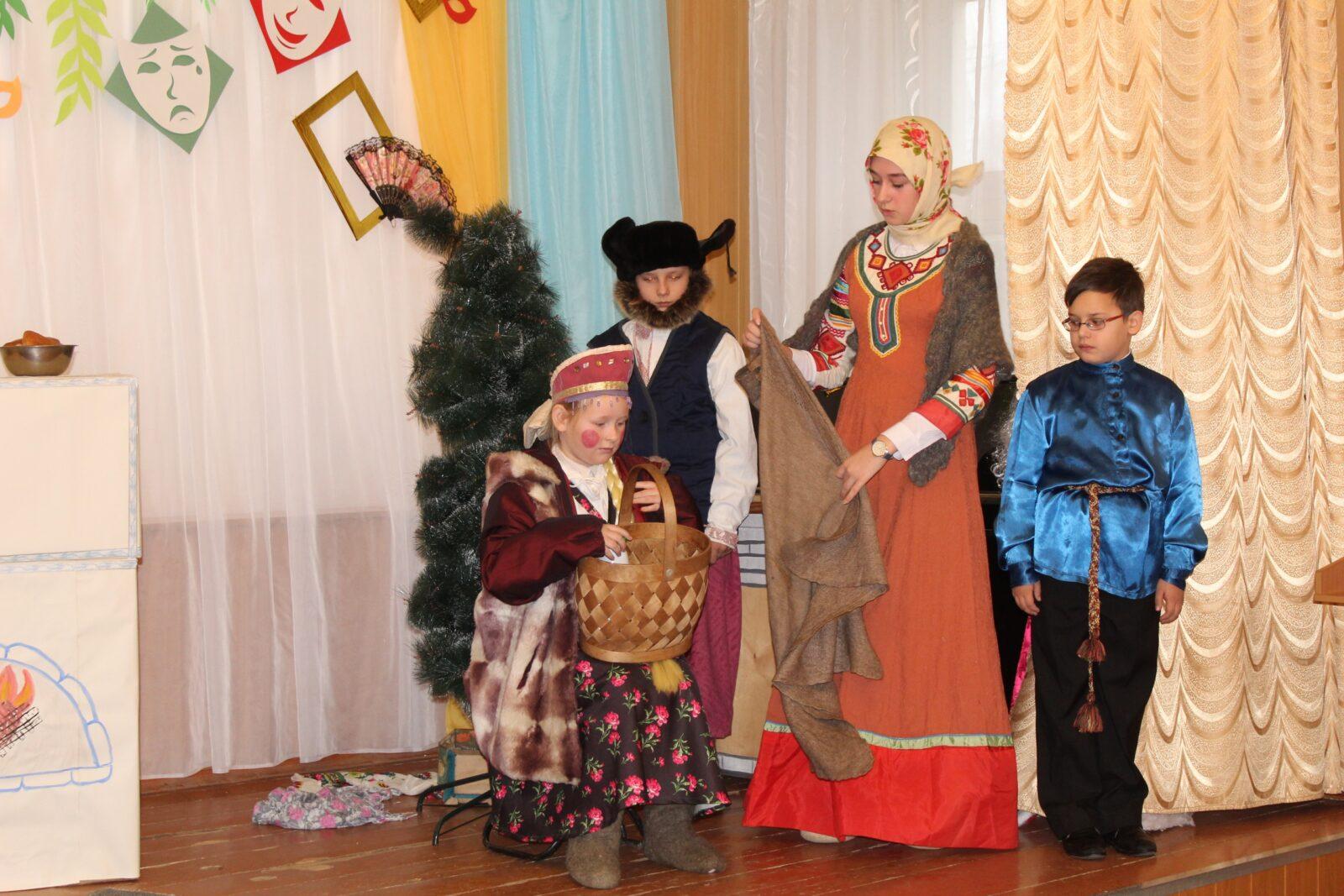 В Сандовском районе открылась «Театральная шкатулка»