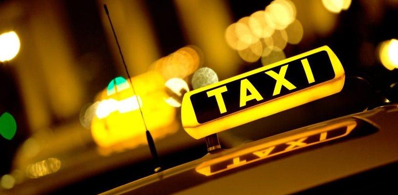 Жители Торопецкого района могут пожаловаться на нерадивых таксистов