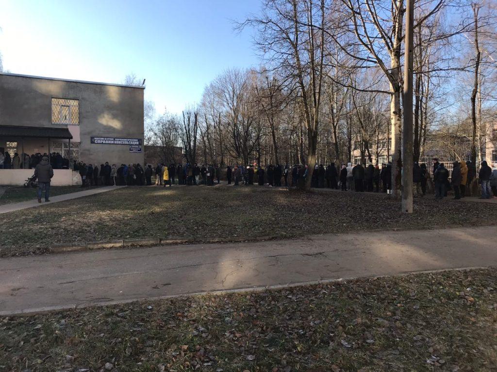 Два дня на холоде: тверские водители зря стояли за медсправками