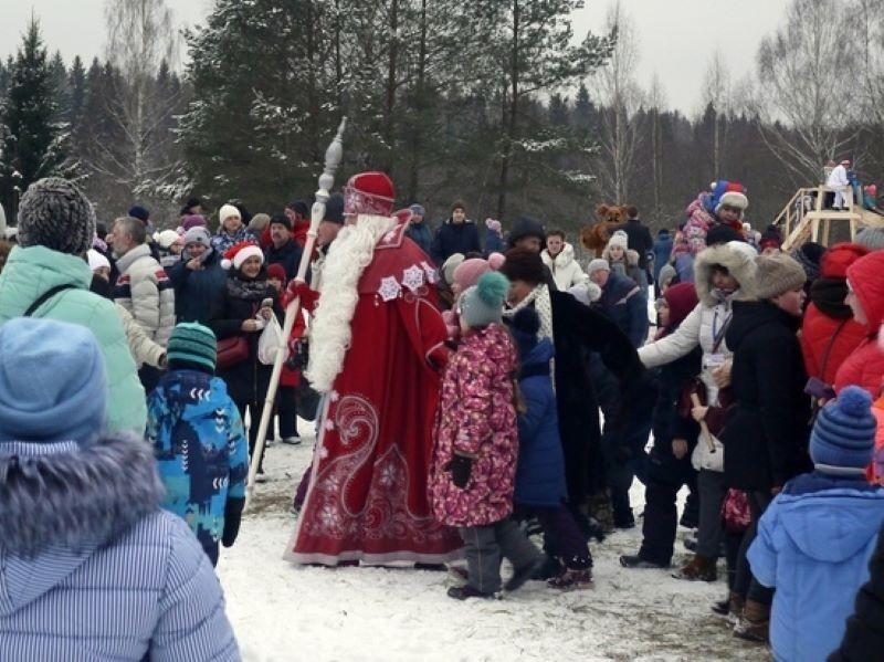 В Вышневолоцком городском округе ждут Деда Мороза