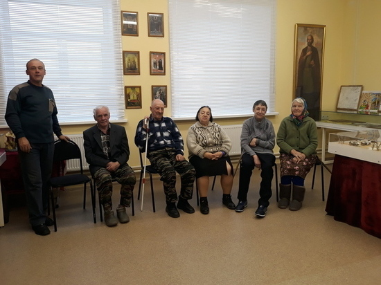 В Старицком районе пенсионеры посетили школьный музей