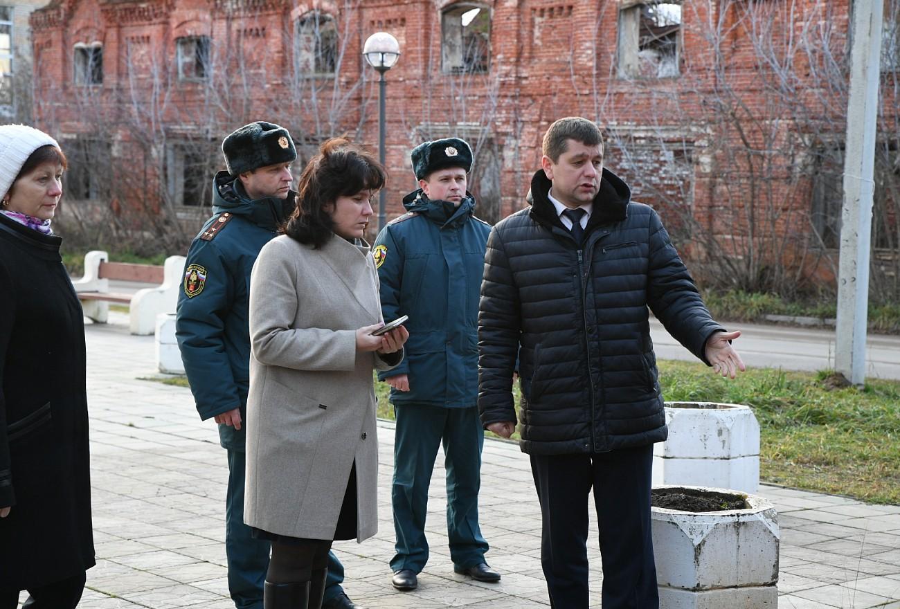 Игорь Руденя поручил создать комиссию для обследования Гостиного двора в Кимрах