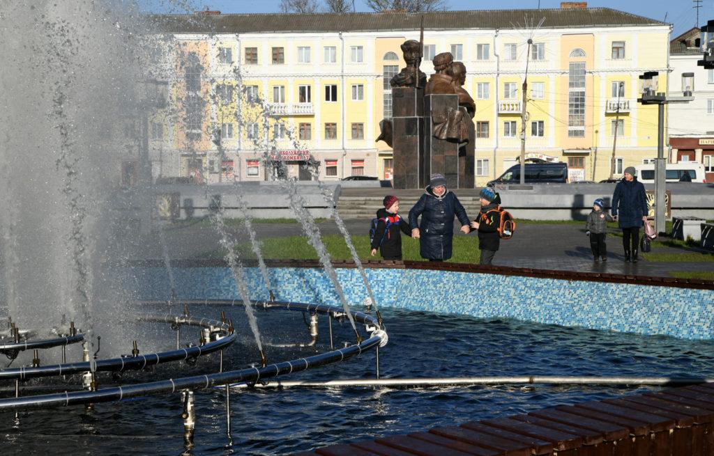 Губернатор лично проверил ход работ по благоустройству во Ржеве