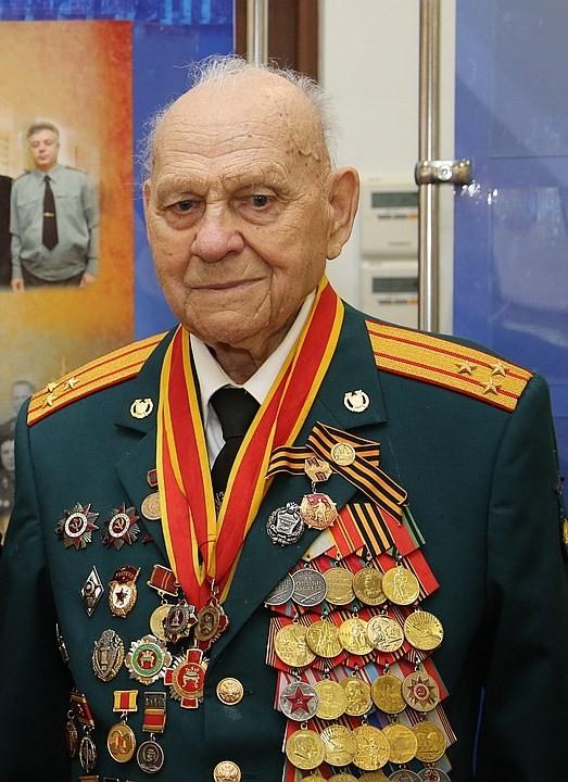 Спартак Сычев: Меня радует, что бюджетные миллиарды пойдут на развитие села
