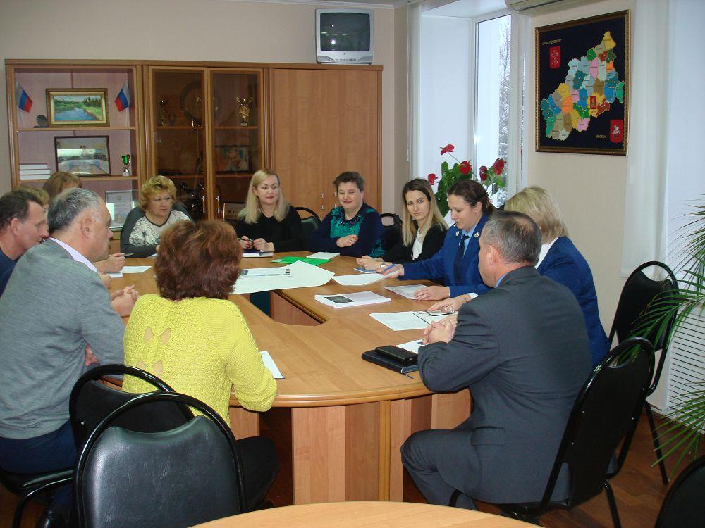 В Кесовогорском районе обсудили коррупцию и результаты прокурорских проверок