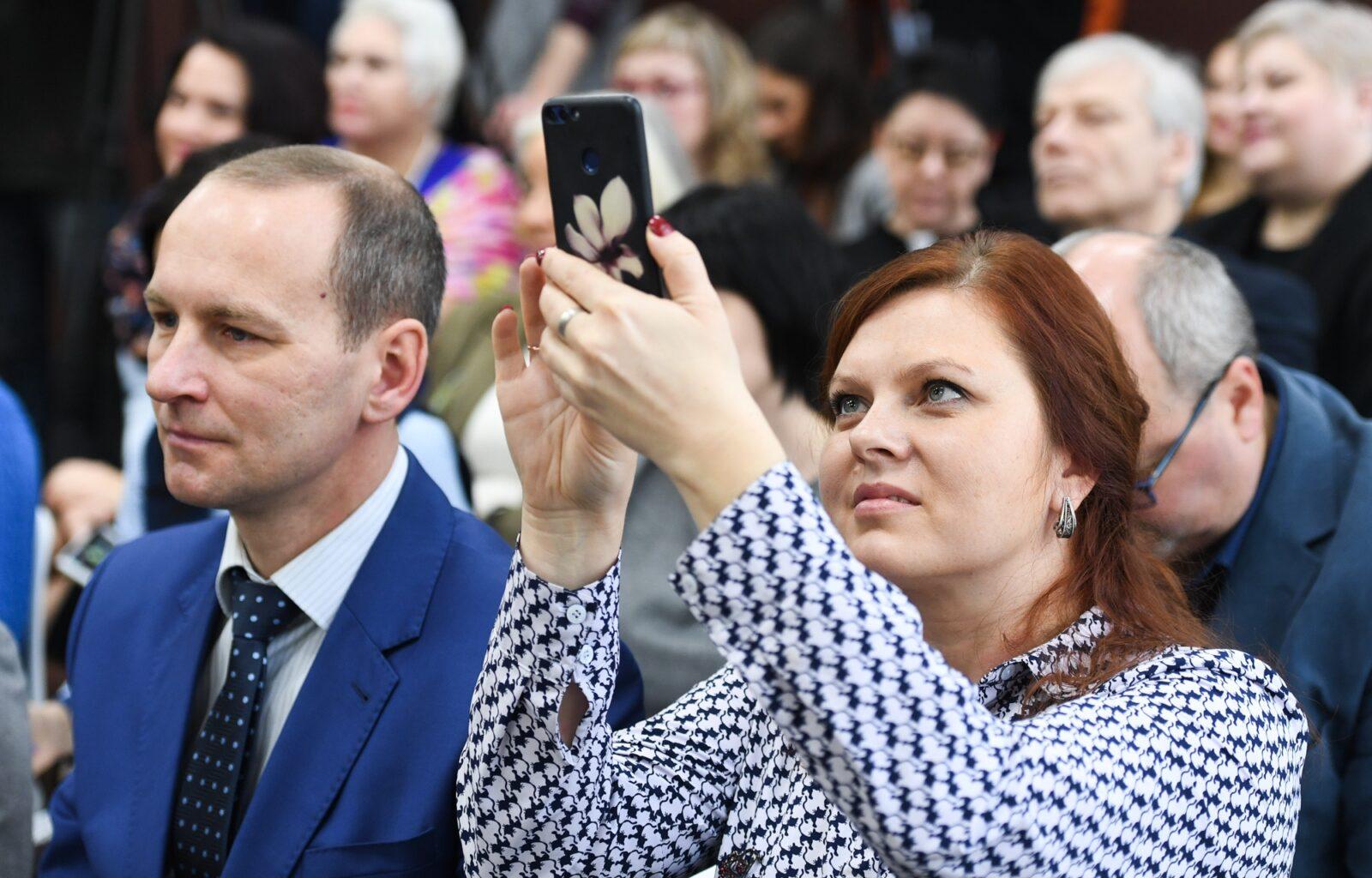 Анна Райкова: Губернатор в курсе наших дел
