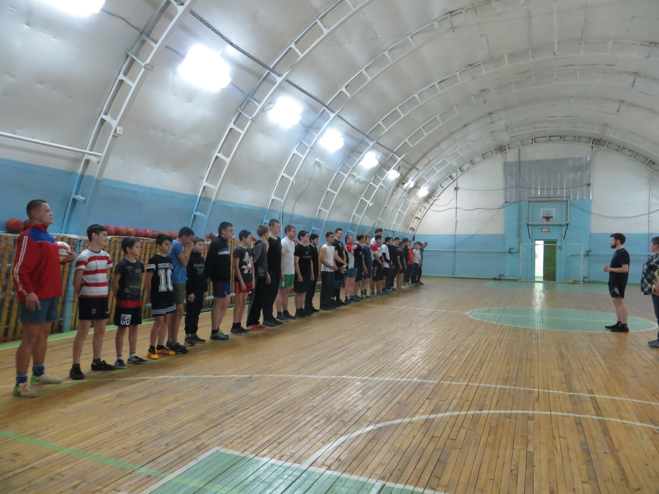 Ржевские колледжи и школы сыграли в минифутбол с командой местной епархии