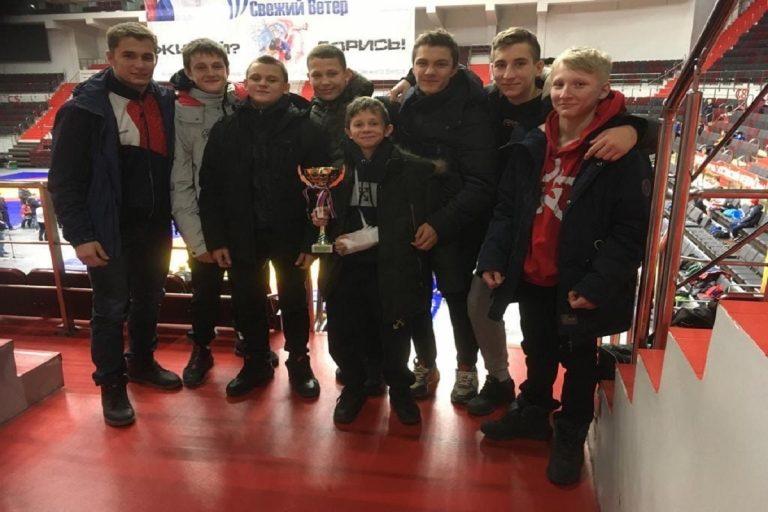 Юные самбисты из Ржева отлично выступили на соревнованиях в Санкт-Петербурге