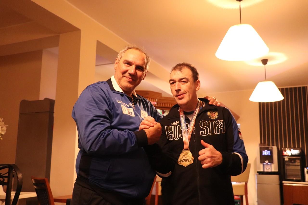 Параспортсмен из Тверской области победил на чемпионате мира по армреслингу