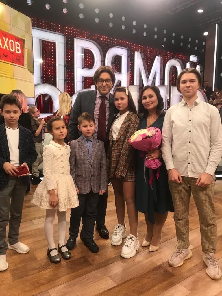 Зрители шоу Андрея Малахова выбрали многодетную семью из Твери