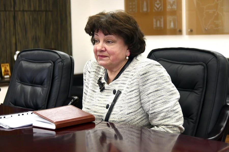 Лариса Щербакова: Горожане благодарны губернатору за льготный проезд