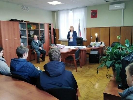 Школьников в Тверской области повели в суд