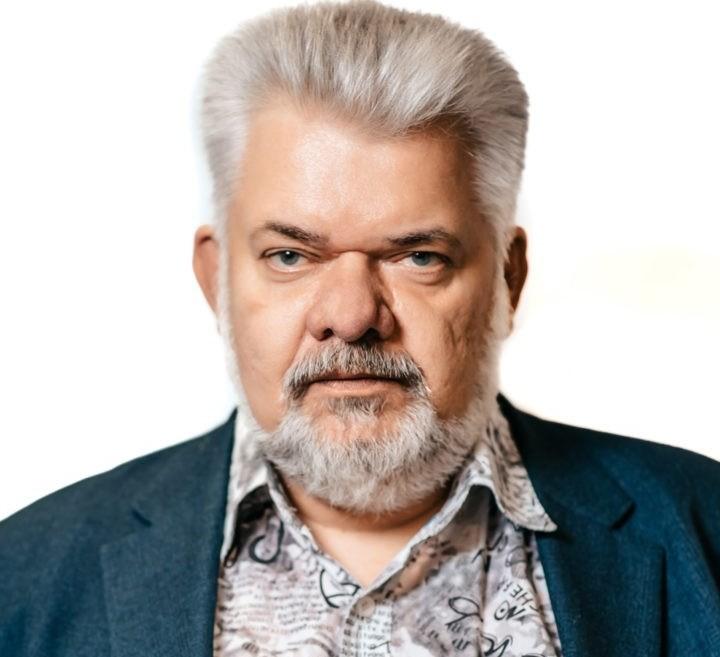 Владислав Толстов: Уже понятно, о чем спрашивать губернатора через год