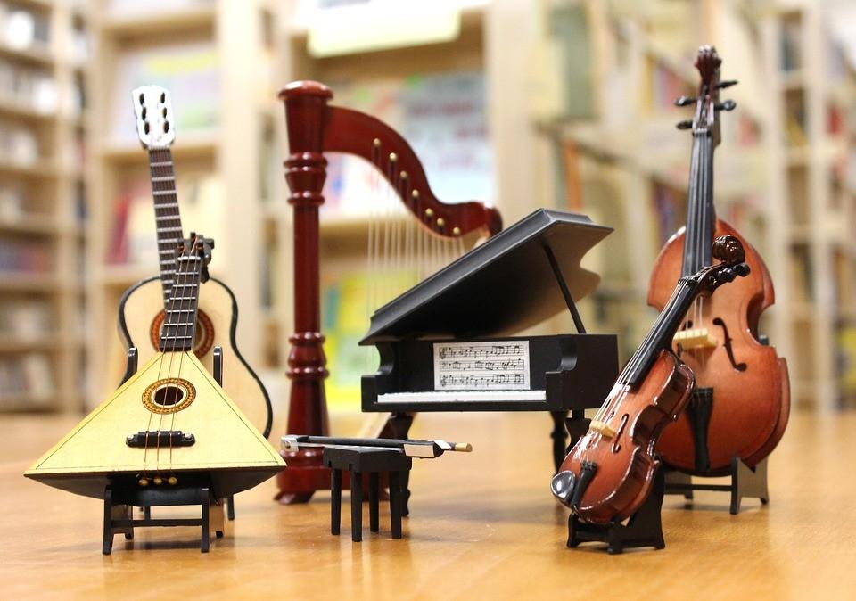 В детские школы искусств Тверской области поступило 47 новых музыкальных инструментов