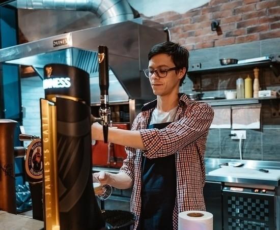 Манеры столичные: в ресторане Кostėr отмечают комфорт и скорость персонала