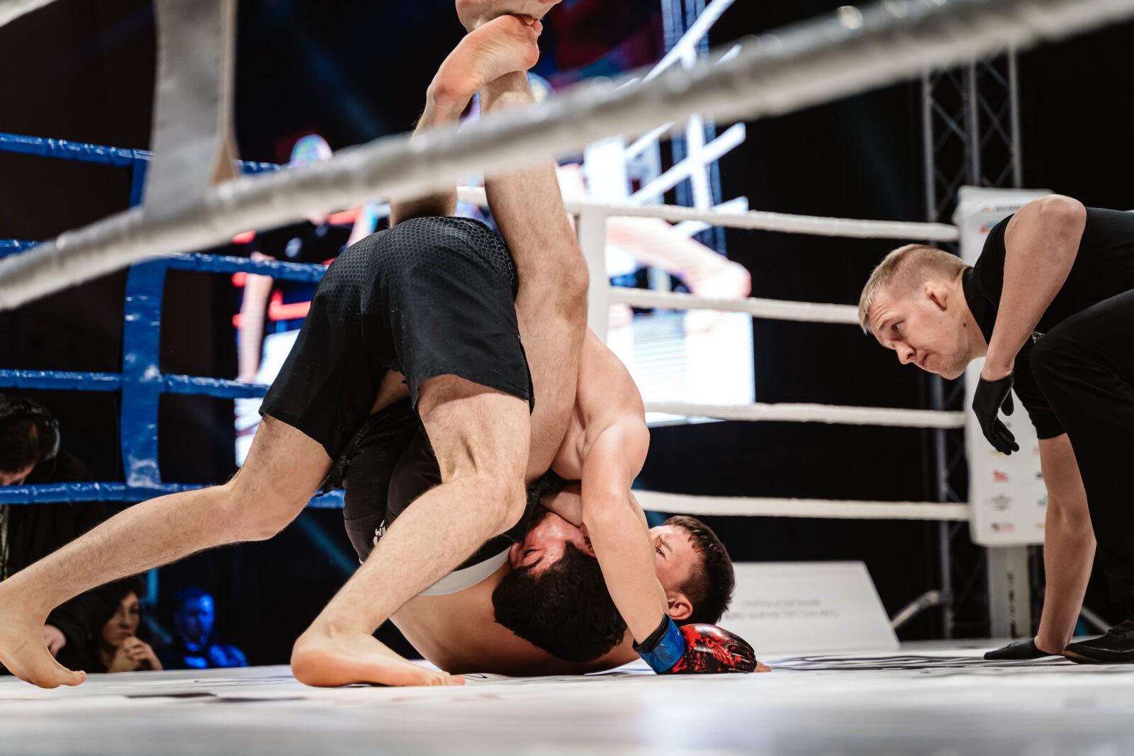 Фоторепортаж Тверьлайф: лучшие моменты чемпионата по кикбоксингу