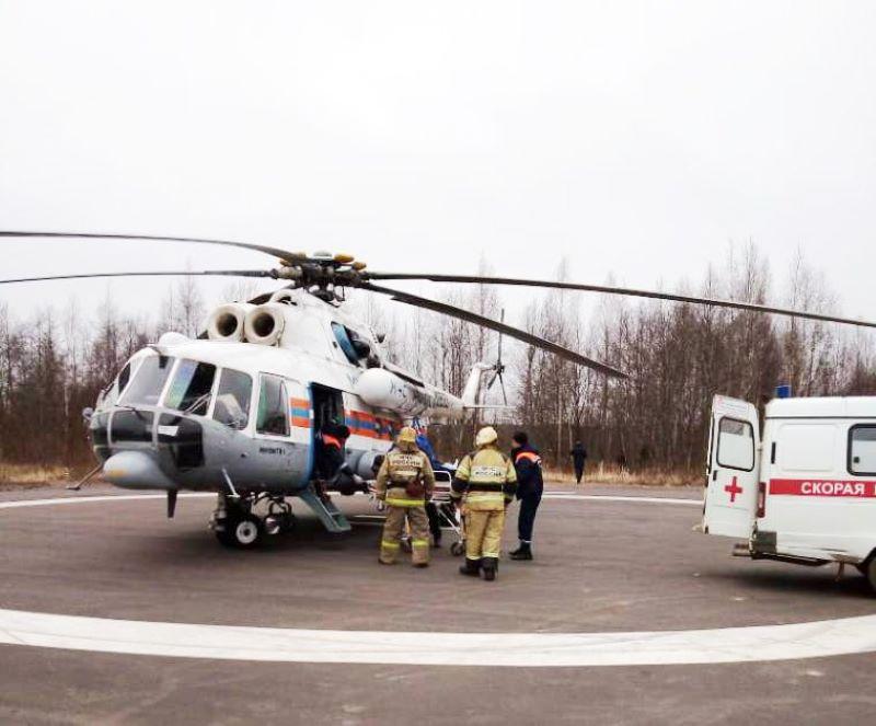 Вертолет санавиации экстренно доставил пациента из Нелидово в областную больницу