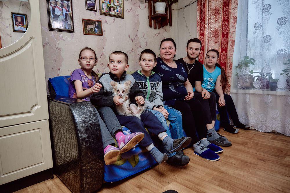 Журналисты РИА «Верхневолжье» побывали в гостях у многодетной семьи Букановых в Лихославльском районе