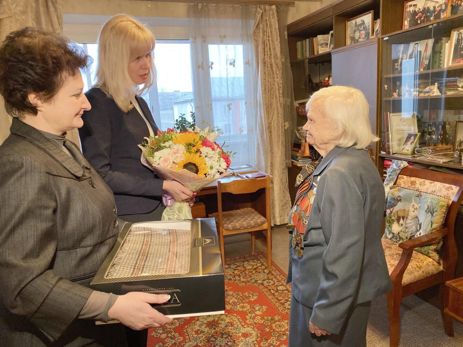 В Твери поздравили ветеранов-защитников Калинина