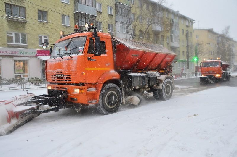 Улицы Твери в праздники будут убирать круглосуточно