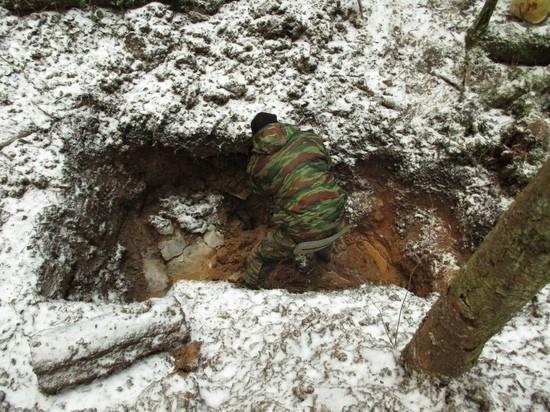В Тверской области поисковики нашли коробки из-под пулемётных лент