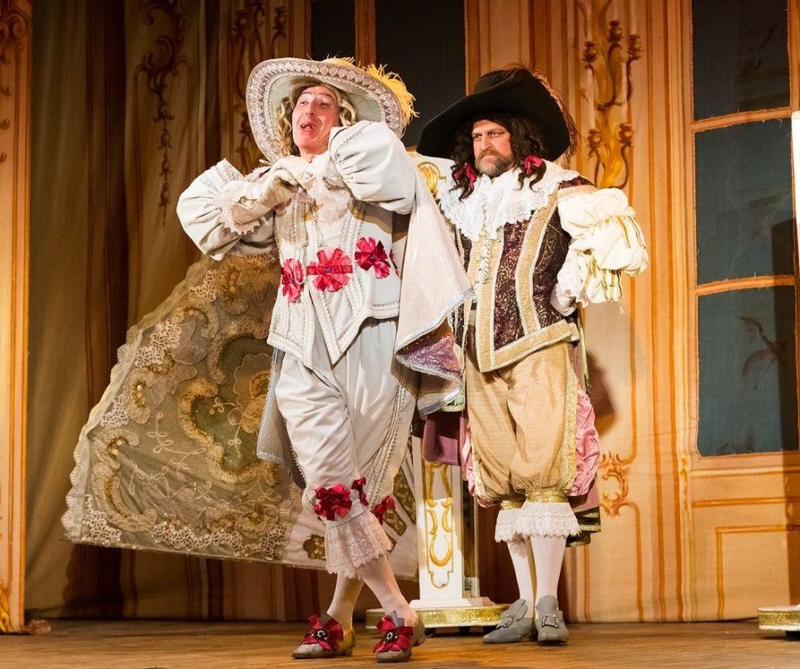 Театр «Петербургская оперетта» покажет в Твери «Собаку на сене»