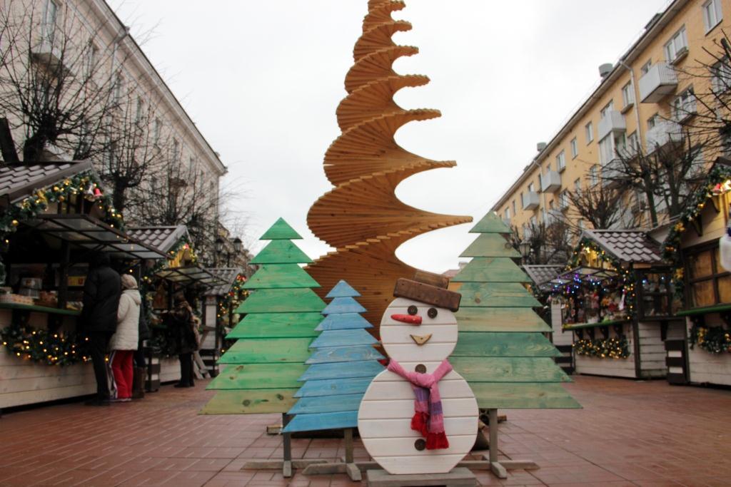 В эти выходные гостей Рождественской ярмарки в Твери ждут мастер-классы, розыгрыши и встреча с Дедом Морозом