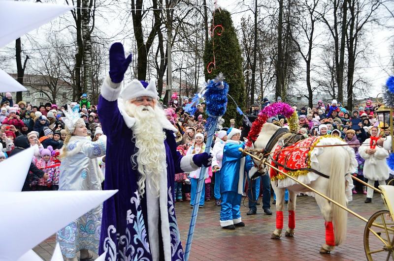 Уже в эту субботу в Твери будут встречать Деда Мороза