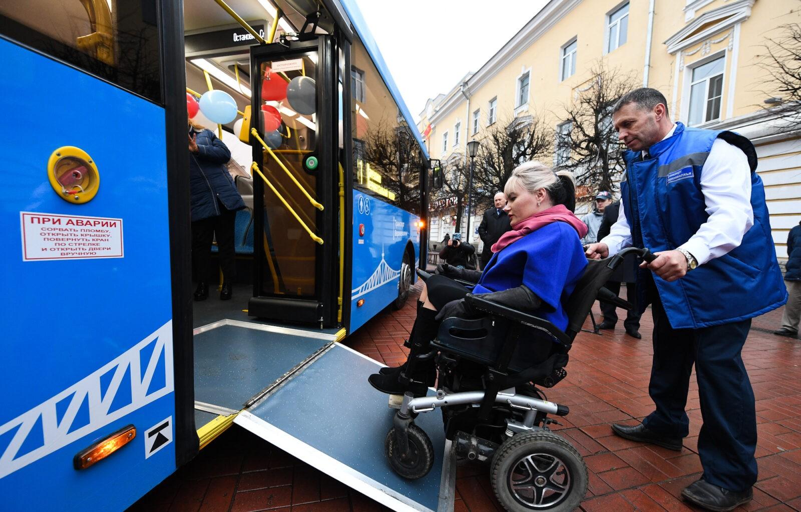 Специальный новогодний автобус будет курсировать по Твери