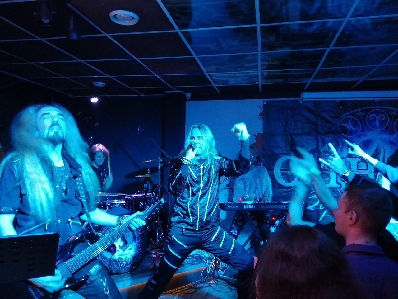 Уютный пауэр-метал: как «Catharsis» выступил в Твери