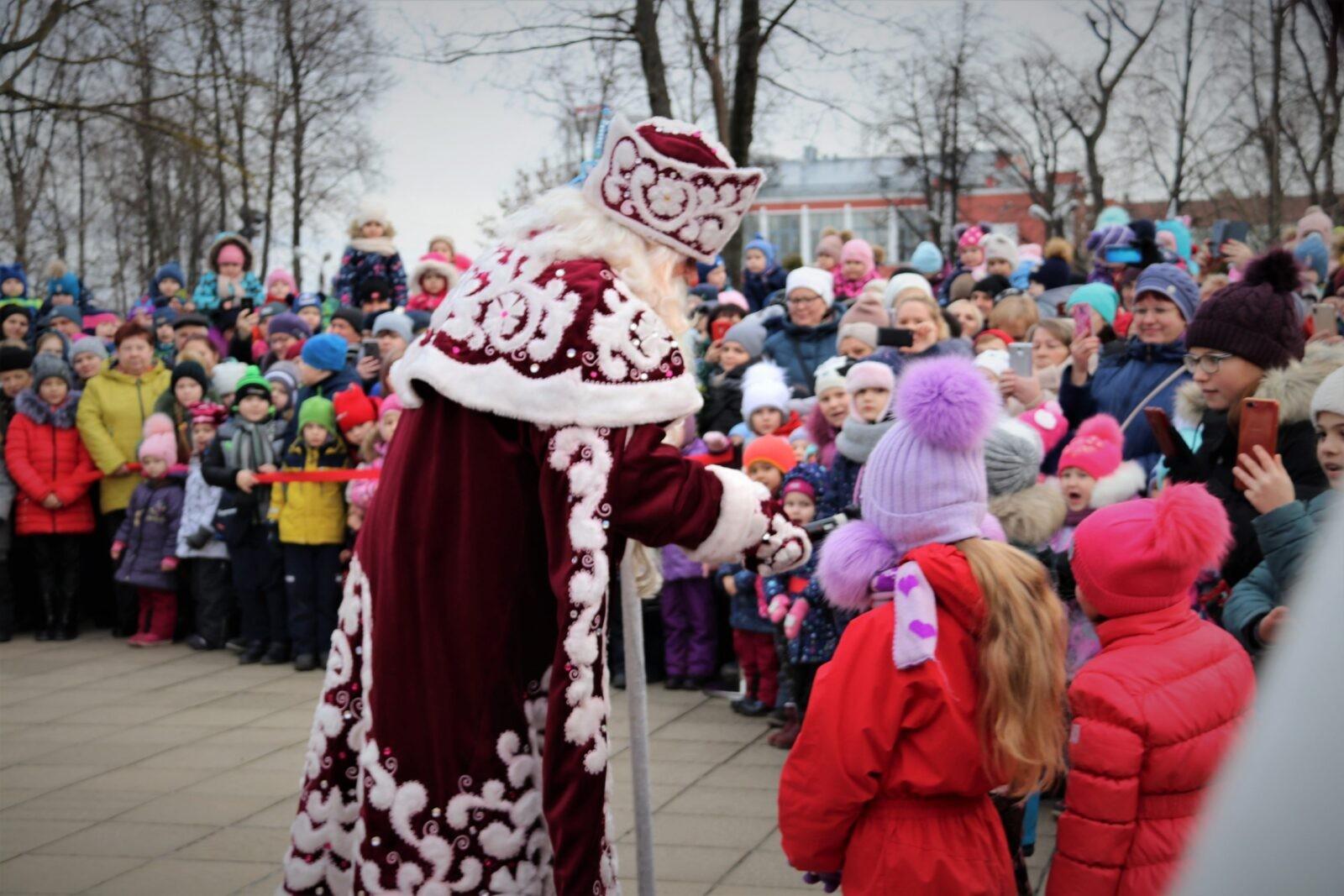 В Твери встретили Деда Мороза ФОТО