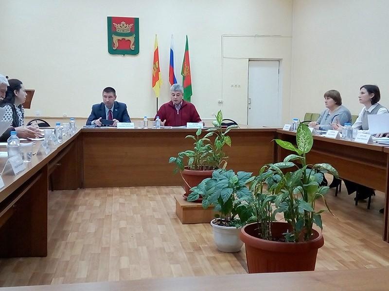 Депутаты Калининского района приняли бюджет в первом чтении