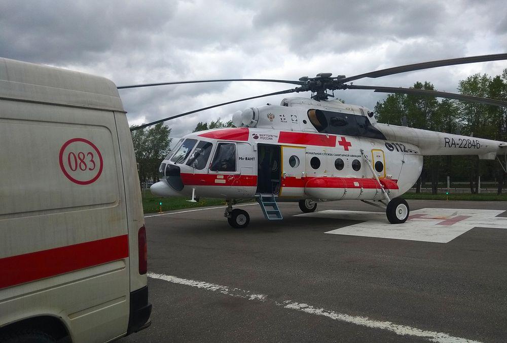 Вертолёт санавиции экстренно доставил пациента из Удомельского городского округа